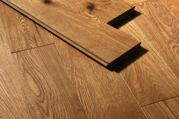 Flooring for Solid wood flooring offers